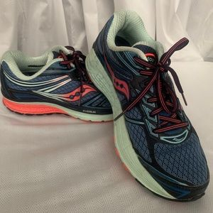 Saucony Guide 9 Running Shoes